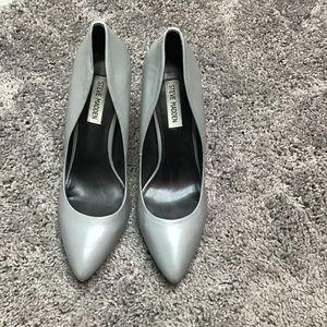Size 9 Gray Heels